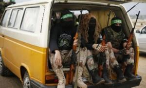 4541826_3_f8c5_des-membres-des-brigades-al-qassam-branche_da90d1159e3e67bacf2e1a7b93ef3424
